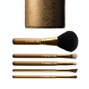 MAC Cosmetics Heirlooms Gold Brush Set LE